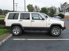 Jeep cherokeeimg 08523
